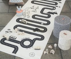 OYOY Adventure rug with cars in black and white