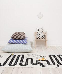 OYOY Adventure rug in kids room